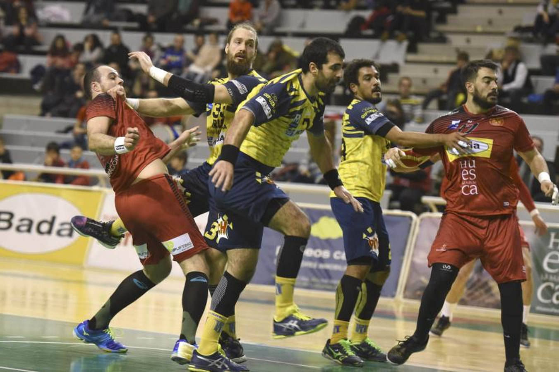 El Bidasoa vuelve de Huesca con un punto