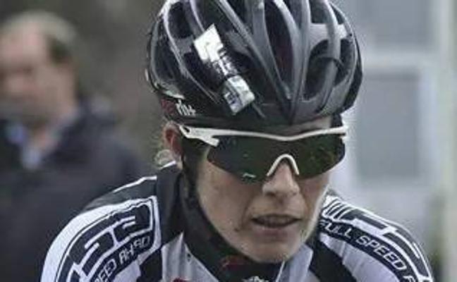 Odriozola acaba el Mundial de ciclo-cross en el puesto 36 tras una carrera ajetreada