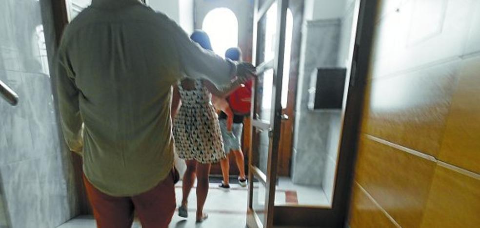El gobierno PNV-PSE desestima la gran mayoría de las 130 alegaciones a la ordenanza de pisos turísticos en Donostia