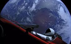 El Tesla lanzado en el Falcon Heavy no irá finalmente a Marte