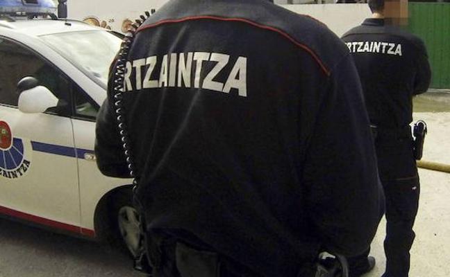 Detienen a un menor de 14 años por intentar acuchillar a un educador en Bilbao