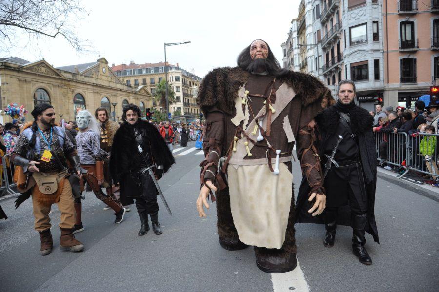 Juego de Tronos se hace con el desfile de Carnaval