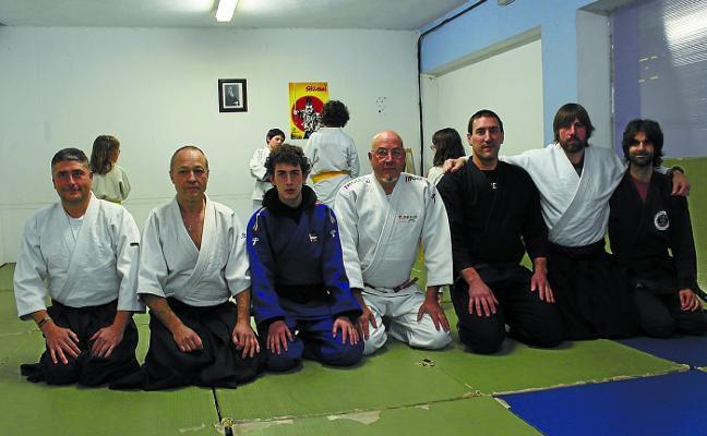 Arrasate Borroka Arte Eskola nace para promover las artes marciales