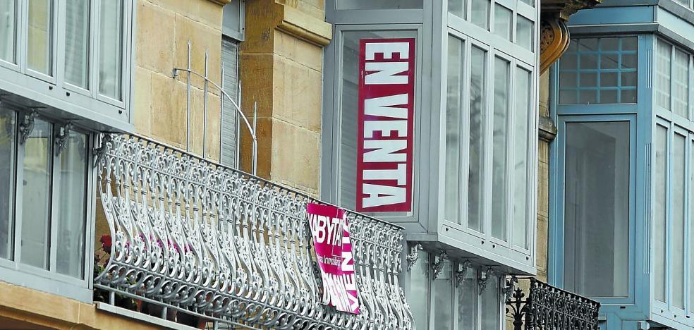Una de cada tres compraventas de vivienda en Euskadi se realiza al contado