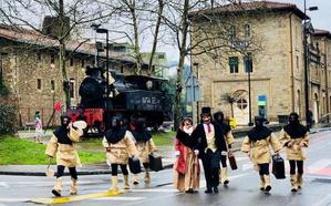 Los condes llegaron al carnaval en 'la chocolatera'