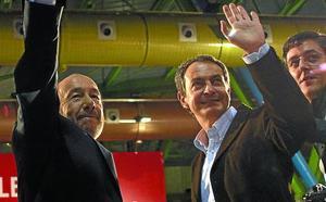 Las Juventudes del PSE premian a Zapatero y Rubalcaba por su compromiso con la paz