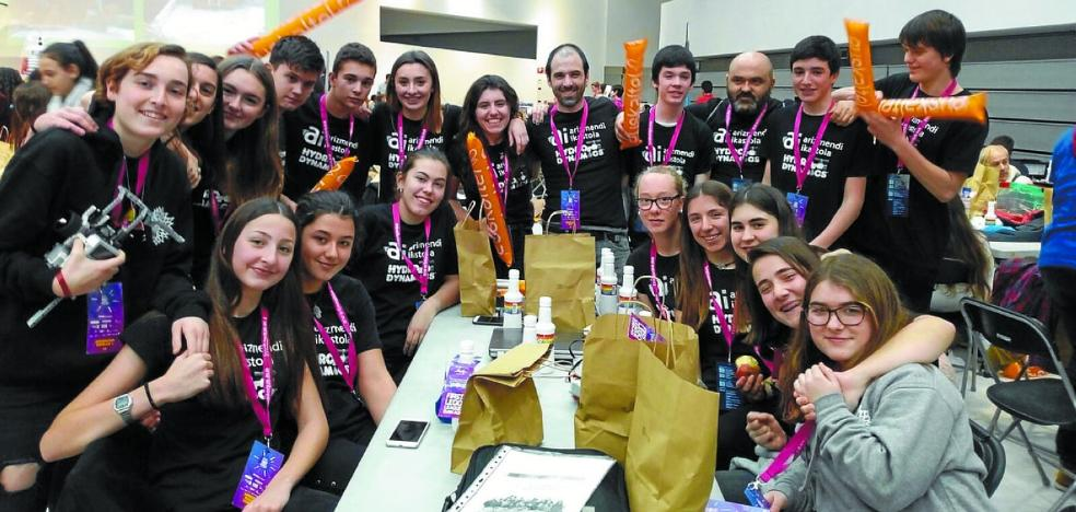 Los alumnos de Arizmendi muestran su nivel en la First Lego League