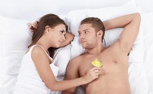 Ocho de cada diez jóvenes vascos están satisfechos con sus relaciones sexuales