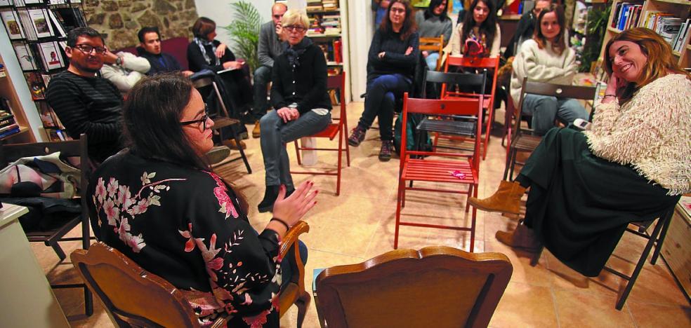 Tres librerías de Irun, Donostia y Pamplona se unen para organizar eventos literarios