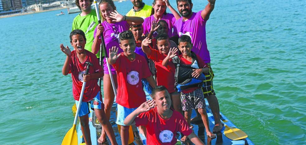 El Ayuntamiento busca 20 familias dispuestas a acoger a niños saharauis en verano