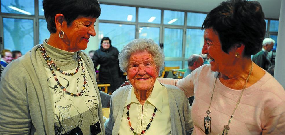 Isabel, 105 años y una sonrisa