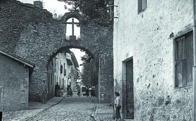 La desaparecida puerta de Gazteluondo