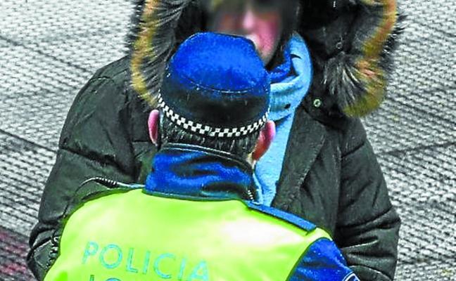 Las bajas y las multas agotan la paciencia en el conflicto policial
