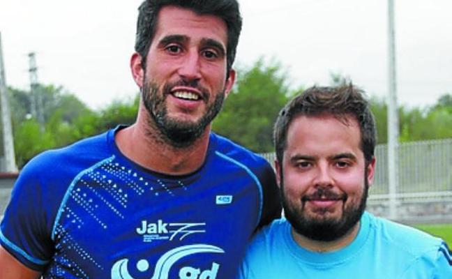 El Ostadar de Regional Preferente de fútbol recibe hoy al Santo Tomas Lizeoa en el campo de Michelin