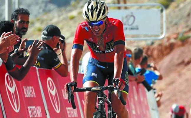 Gorka Izagirre llega al podio en Omán