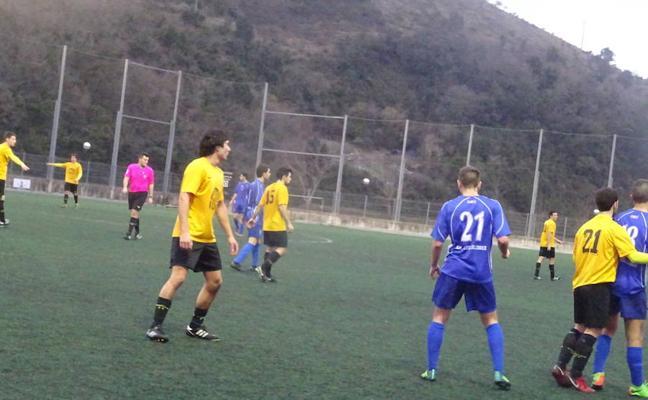 Denuncian que un árbitro de Regional Preferente guipuzcoana amenazó con expulsar a los futbolistas que hablaran euskera