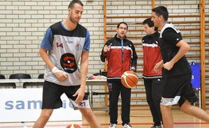 El Sammic recibe hoy al Lleida, que amenaza con el tiro exterior