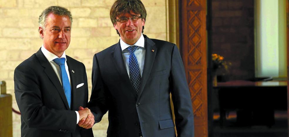 ERC solicita al lehendakari que interceda con Puigdemont para desbloquear la investidura