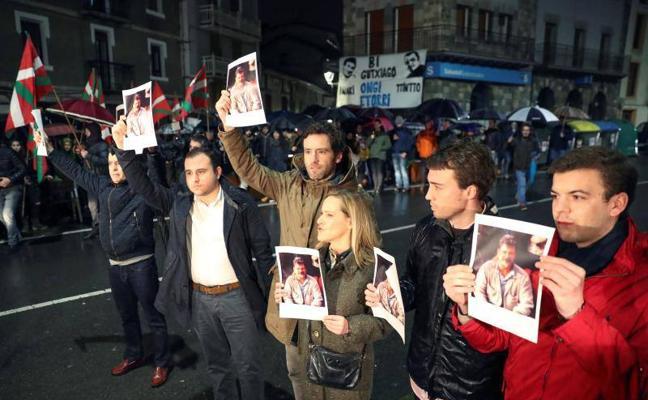 El lehendakari rechaza «de plano» homenajes a miembros de ETA como el de Andoain