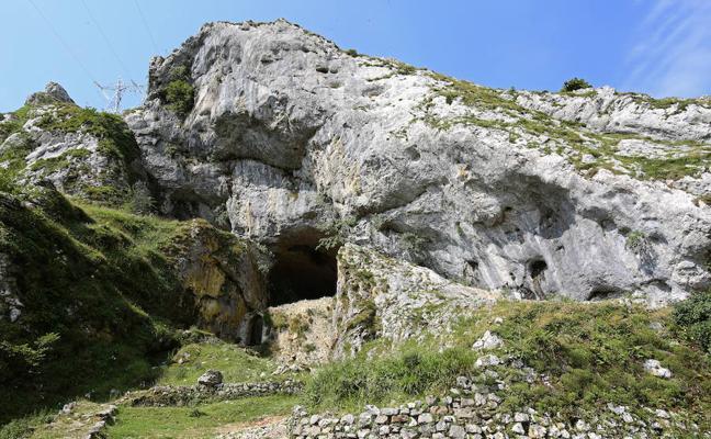 Charla sobre el túnel de San Adrian de la mano de Manu Ceberio