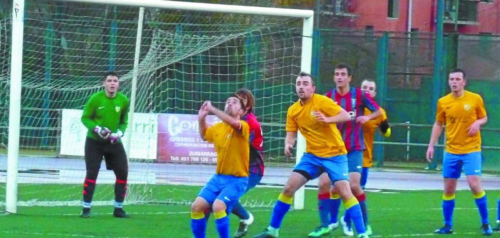 Clara y contundente victoria del Gure Txokoa en Zumarraga por 0-4