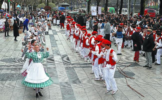 Las iñudes cerraron el Carnaval