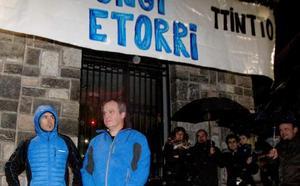 La Ertzaintza no aprecia delito en el homenaje a dos expresos de Andoain