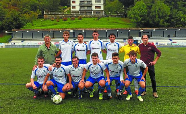 El primer equipo del Ilintxa se mete de lleno en los puestos de ascenso