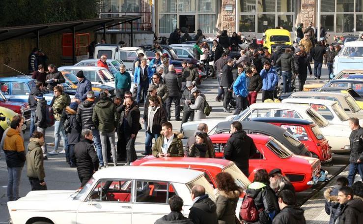 Rally de coches antiguos en Errenteria