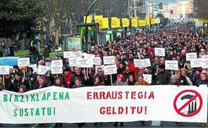 Miles de personas exigen en Donostia la paralización de la incineradora
