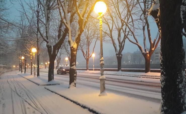 La nieve llega a la costa de Gipuzkoa