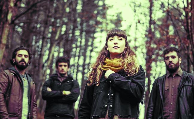«Euskal musikaren industriak errealitate dosi bat behar du»