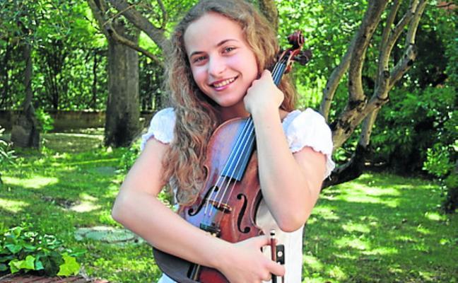 Una violinista en el Eurovisión más clásico