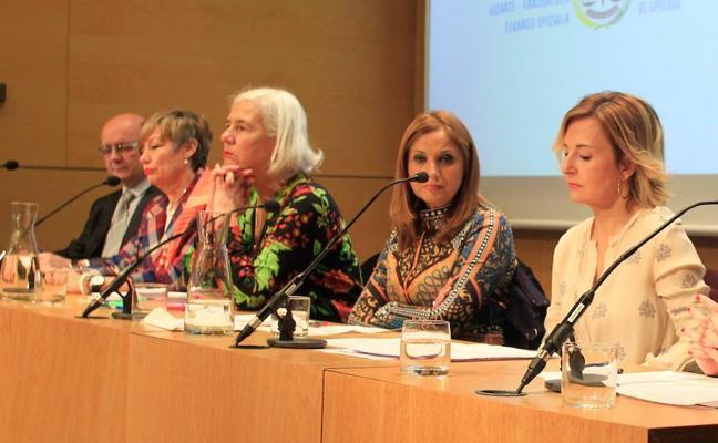 La brecha salarial se dispara en Euskadi tras la maternidad
