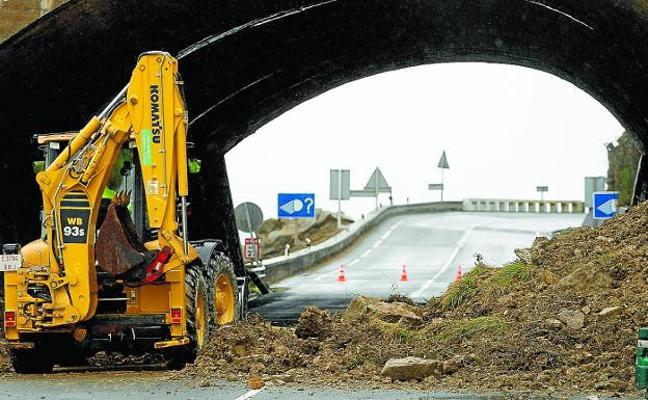 La N-634 entre Getaria y Zumaia se reabre hoy con paso por un carril