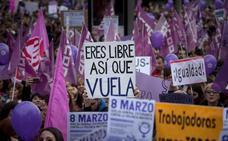 Manifestaciones multitudinarias de apoyo a las mujeres en toda España