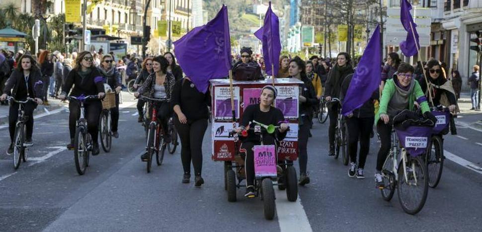 Los sindicatos piden aprovechar la ola del 8 de Marzo en favor de la igualdad salarial
