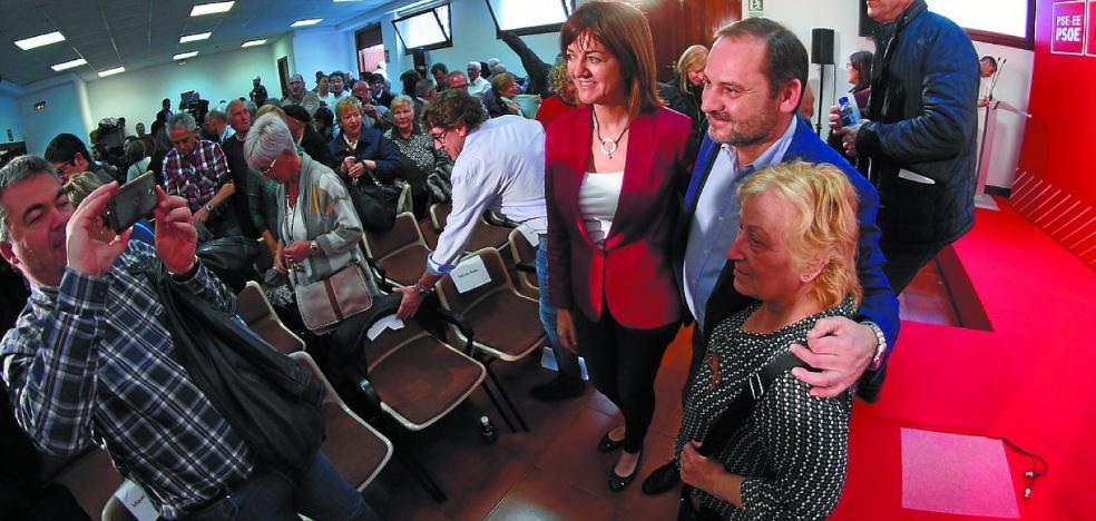 Mendia reivindica que el PSE ha llevado a las instituciones vascas «la agenda de los ciudadanos»