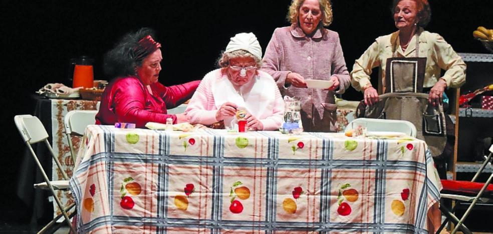 Teatro, cena y maratón de zumba para cerrar las jornadas en favor a la mujer
