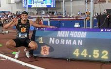 Norman bate el récord mundial de 400 metros bajo techo