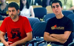 Estrasburgo condena a España por imponer cárcel por quemar una foto de los Reyes