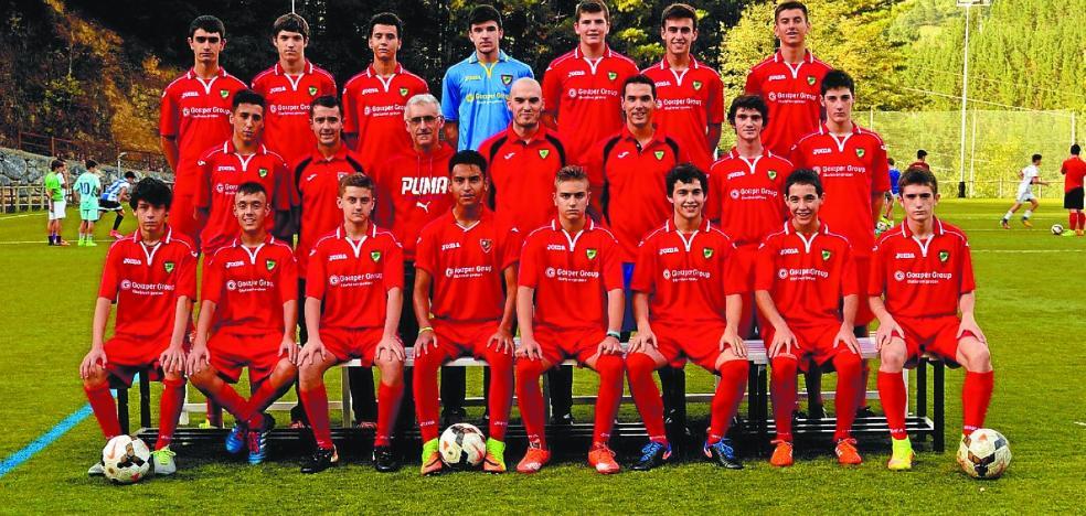 Eibarren 2-0 galdu ondoren, azkenaurrekoa da futbol talde nagusia