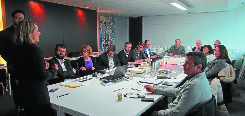 La delegación municipal extrae sus conclusiones para Vía Irun, tras conocer proyectos de éxito