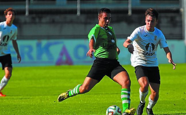 El Hondarribia ganó 3-2 al Urola y dio un paso de gigante hacia la permanencia
