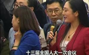 La espontaneidad de una periodista china da la vuelta al mundo