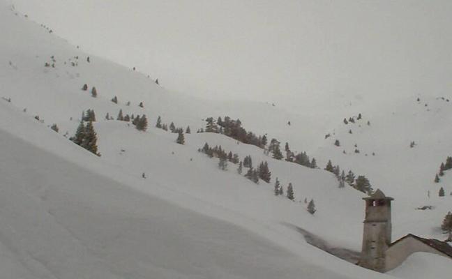 Más nieve que nunca en los Pirineos