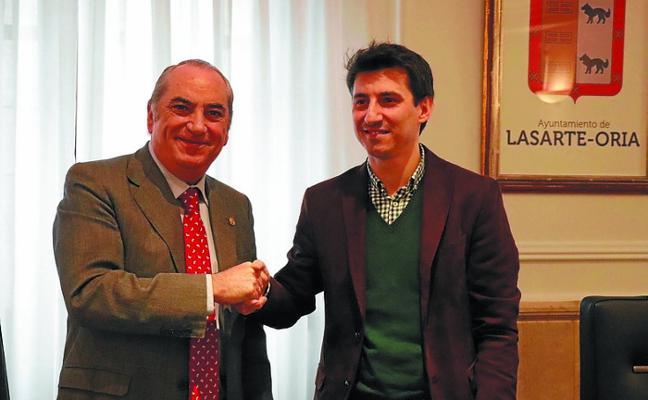 Firmado el convenio con Alokabide para la cesión del alquiler de viviendas
