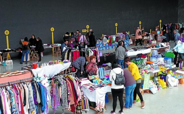 Gran éxito del mercadillo de segunda mano celebrado el pasado domingo