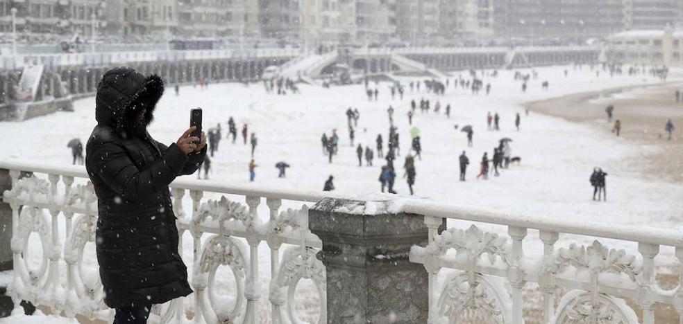 Un «brusco» cambio de tiempo podría traer de nuevo la nieve a Gipuzkoa