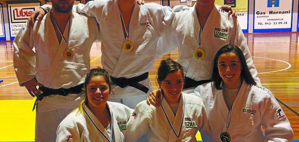 Cinco oros y una plata para los judocas del Klub Lizardi